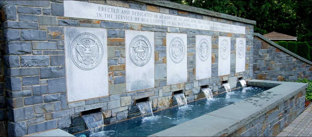 main Colonie Veterans Memorial with water fountain